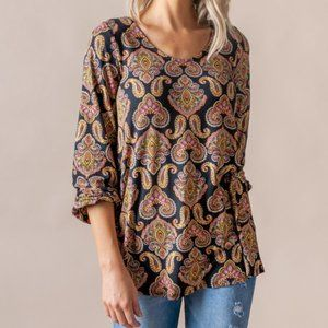 Black Paisley Everyday Balloon Sleeve Tee